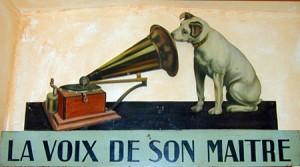 Rumeurs dans Accueil la-voix-de-son-maitre_1244103623-1-300x167